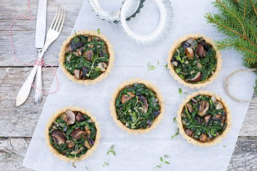 Green Kitchen Stories - Spiced Spinach and Mushrooms in Almond Tartlets Christmas Feast