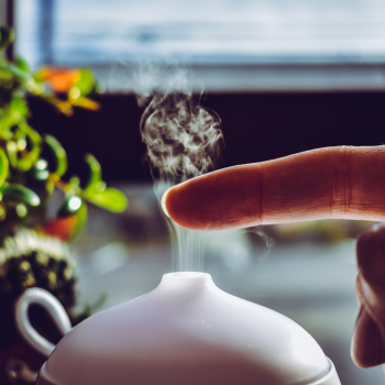 Herbal Practices for Your Respiratory System use a diffuser